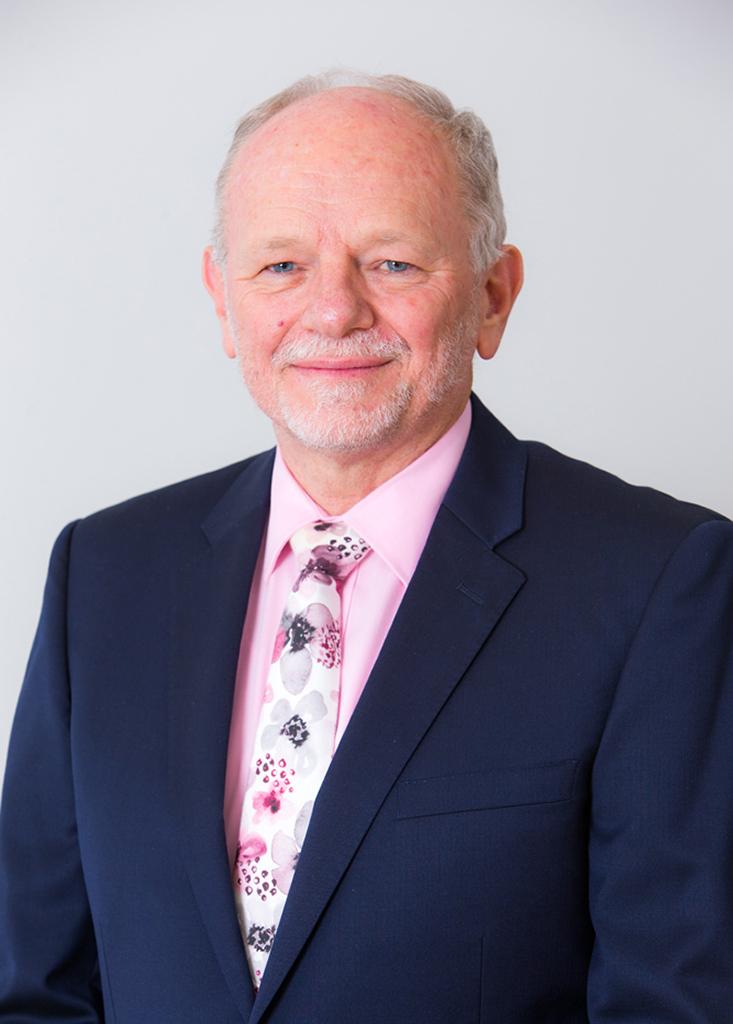 Dr Ian Williams